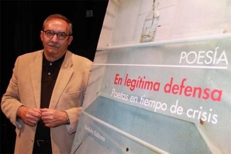 Manuel Rico en el acto de presentación en Vallecas